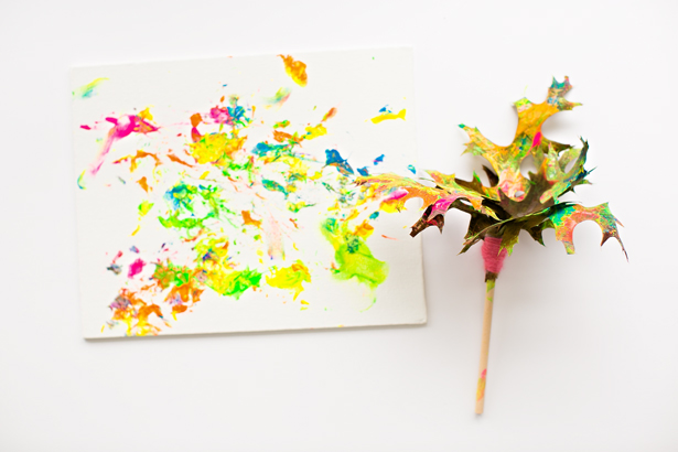 Leaf Paint Art For Kids| Leaf Art, Leaf Paint Art, Fall Art, Crafts for Kids, Activities for Kids, Craft Projects for Kids, Kid Stuff #CraftsforKids #KidStuff #DIYHome #KidsStuff