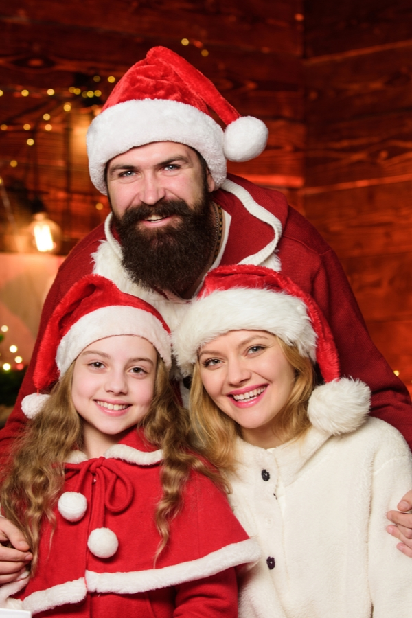 Are you stressing over trying to tell your kid that Santa isn't real? Here are the best tips on how to tell your kids about Santa. They'll help so much!