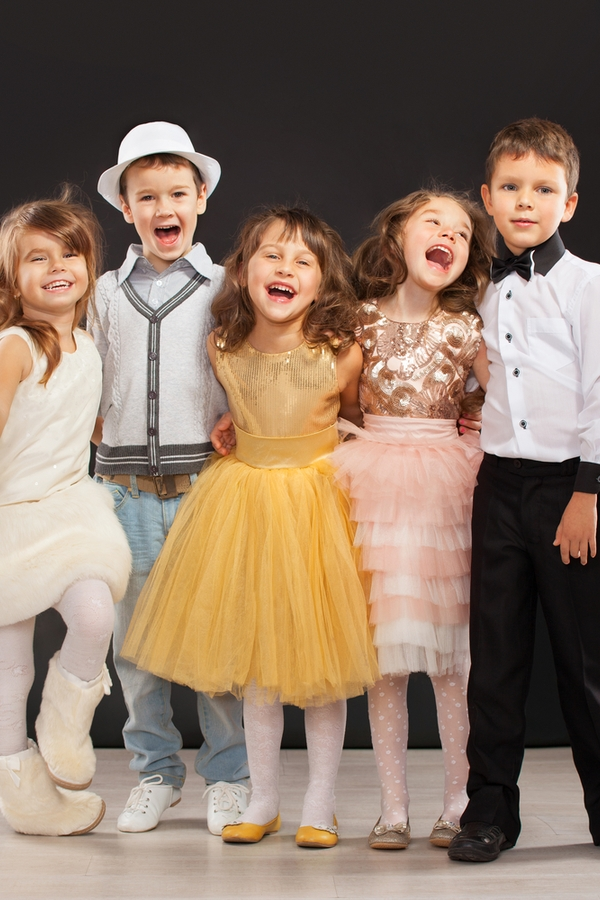 New Years Eve is right around the corner. These New Years Eve party ideas for kids are so fun. It will be the party they talk about for a long time.