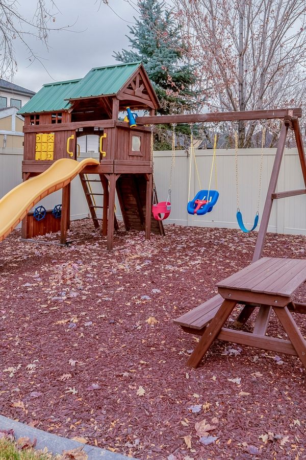 Are you looking at outdoor play areas for your kiddos? Well, we have some awesome outdoor play areas for you to consider. You can't go wrong with a swing set.